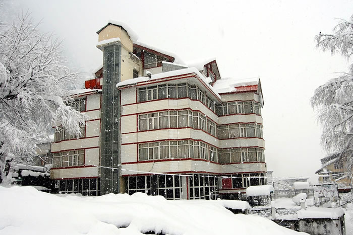 Hotel Out Town, Manali, Manali