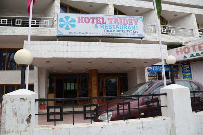 Hotel Tridev, Katra